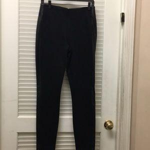 J Crew Pixie trimmed back zipper legging size 6
